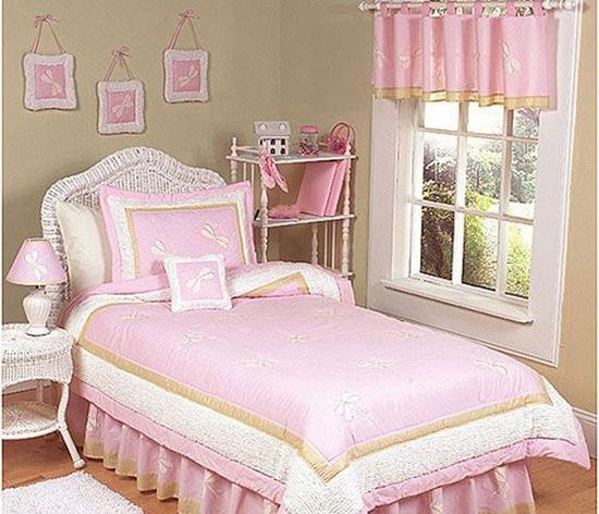 睡床或床头对正房门