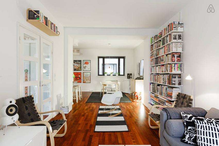 每本书好好放上书架的困扰,譬如B5 大小的精装书就时常必须倒着