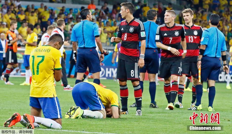 巴西队1 7惨败德国 无缘世界杯决赛图片