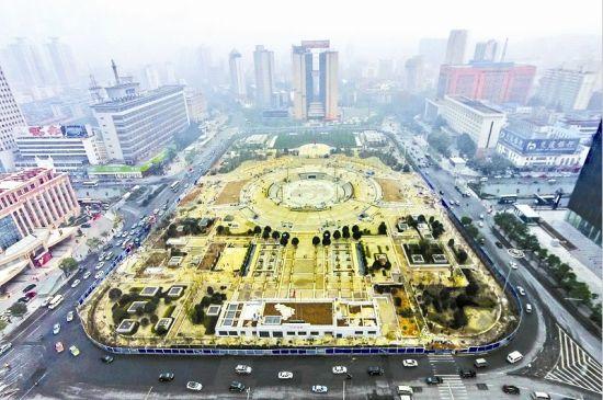 武汉洪山广场因施工封闭5年多 月底将揭开面纱(图)