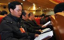 李国武代表:扎根基层扶贫帮困