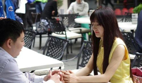 中国两性浮世绘:女敬钱 男敬色?