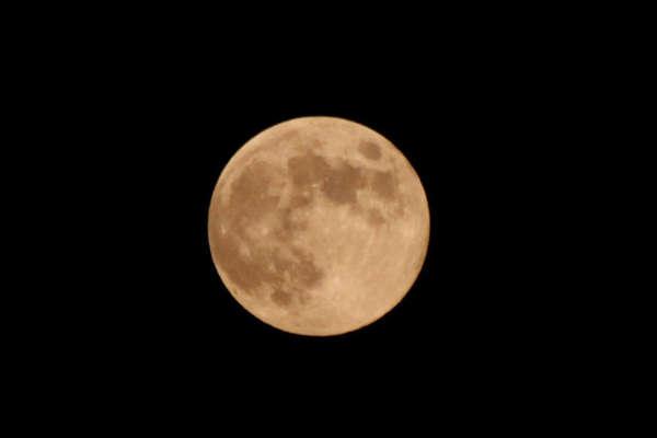 最大最圆月亮登场