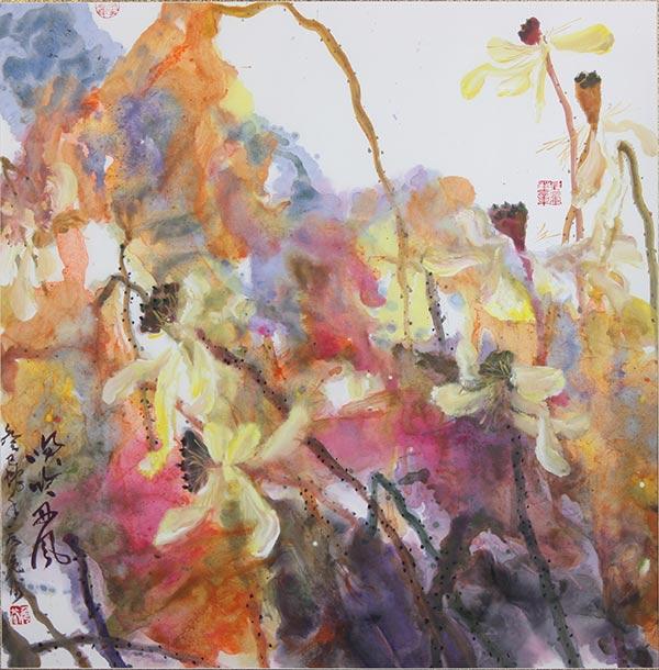 【荷花系列】《笑吟西风》69×69cm。 聂危谷,1957年生,扬州人。中国美术家协会会员,南京大学美术研究院教授,副院长,中国画与中国美术史方向硕士生导师;江苏省国画院特聘研究员;南京市美术家协会副主席;江苏省中国画学会副会长。