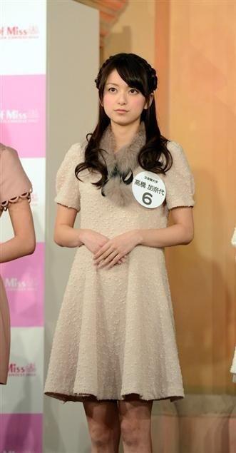 21岁女生日本校花大赛夺冠