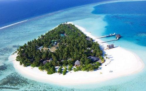 马尔代夫由众多岛屿组成,满月岛,天堂岛,马累,卡尼岛,康杜玛岛,蜜月
