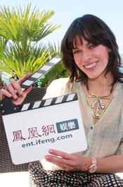 《生化危机》女主角:愿像中国女性一样优雅动人