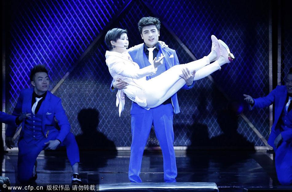 2013年10月06日讯,山东省青岛市,10月05日,李宇春why me演唱会青岛站
