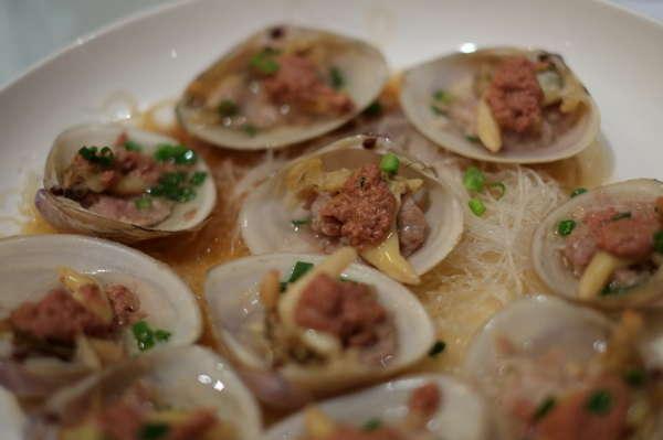 南通稀有的生猛海鲜大餐:海中伟哥也上桌