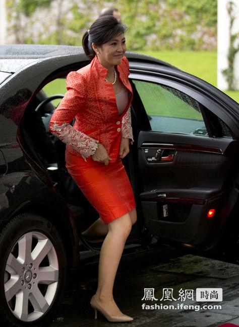 传英拉将被迫辞职 回顾英拉上位后十大惊艳时尚造型 - 雷石梦 - 雷石梦(观新闻)