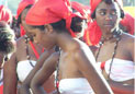 非洲开放女性