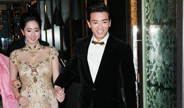 38岁陈晓东今娶26岁护士女友 新人现身
