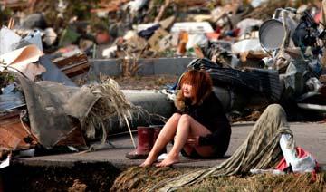 东京大地震后日本男子每天潜水寻妻子尸骨 三年如一日