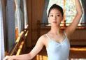 朝鲜文工团美貌女兵照曝光