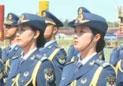 三军仪仗队首现女兵