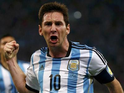 梅西单骑闯关劲射死角破门 阿根廷2-0领先波黑