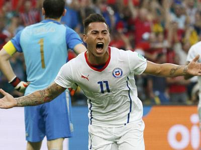 巴尔加斯晃过卡西推射得手 智利1-0领先卫冕冠军