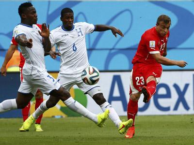 沙奇里远射世界波破门 瑞士1-0领先洪都拉斯
