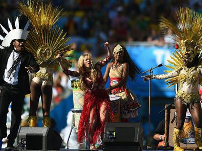 巴西世界杯闭幕式 夏奇拉 布朗《Dare LALALA》-花絮