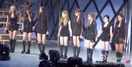 8人少女时代登台 粉丝喊Jessica徐玄落泪