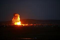 """美军持续空袭叙利亚境内""""伊斯兰国"""""""