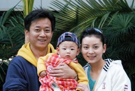 性情:朱军妻子说20年婚姻之道 如何做成功男人的女人