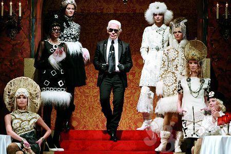 今年Chanel的手工坊系列纪念了Coco Chanel与俄国公爵的爱情