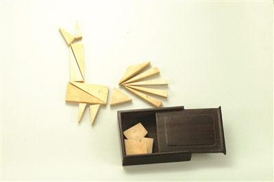 中国七巧板曾风靡世界 能拼出一千五百种图形