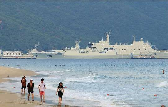 资料图:网传中国亚龙湾海军基地。
