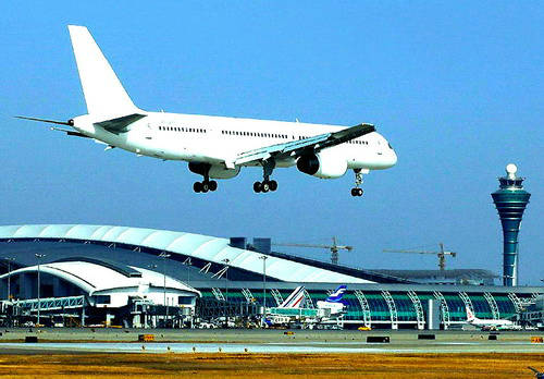 郑州将建航空大都市 航空物流业前景大好