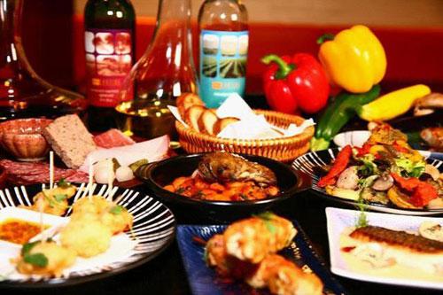 兼顾传统与现代的法国美食餐厅在英国,超市供给充裕,国际食...