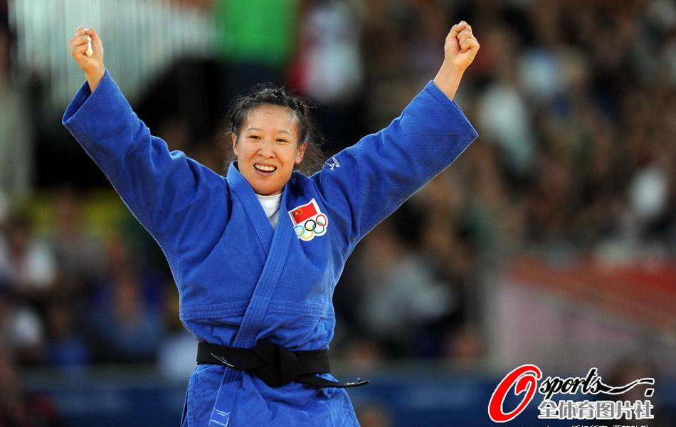 2012年7月31日,2012年伦敦奥运会柔道女子63公斤级半决赛,徐丽丽闯进决赛。