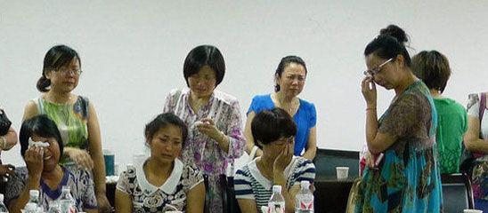 韩亚空难遇难学生家属悲痛欲绝