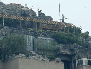 楼顶违建超级别墅