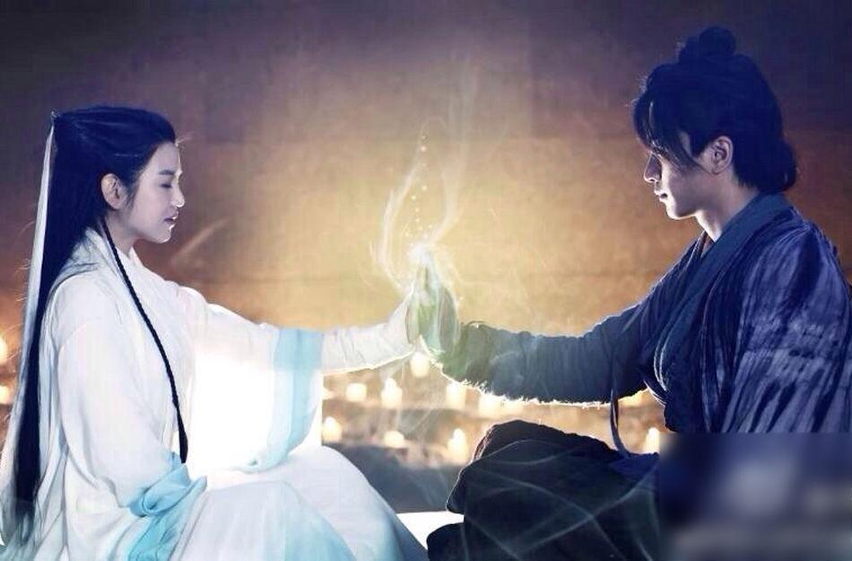 《新版神雕侠侣》曝剧照 杨过小龙女亲密舞剑
