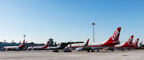 制迁入北京第二机场,不断扩大运营规模,预计到2019年达到80架飞机规模