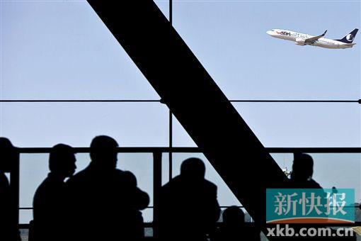 """都围绕着越发""""高大上""""的机场而产生,坐飞机快,到机场慢,直让乘客网友"""