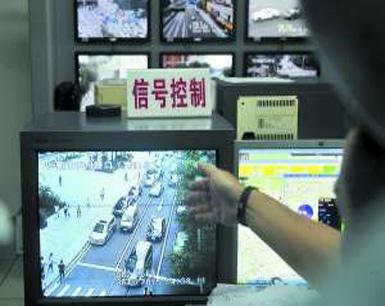 临时停个车 赔了48万 广州千只天眼拍违停