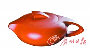 中国工艺美术大师谢华自费300万上京推广潮州手拉壶