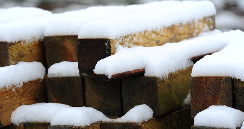 红原大草原迎来今年入秋第一场雪