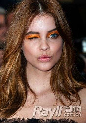 【爱美】明星眼妆红黑榜PK 谁的眼妆最有创意
