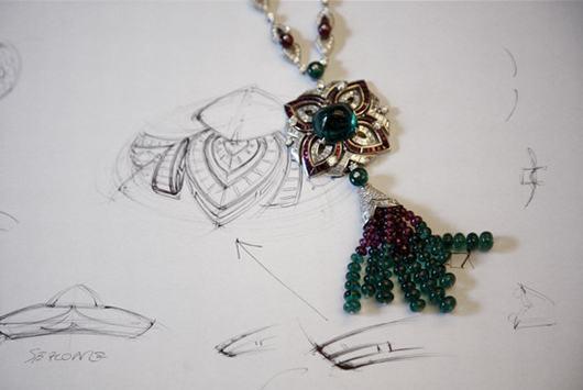 过程/一件宝格丽珠宝的设计图与成品对比