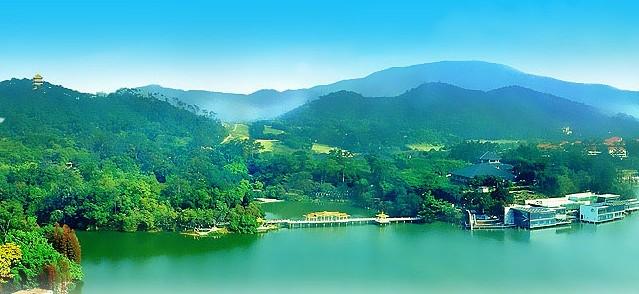 白云山景色秀丽,自古以来就是广州有名的风景胜地