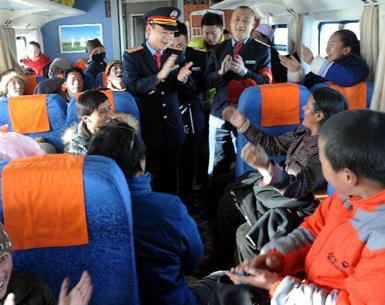 京藏列车运营8年多 运送旅客863万多人次