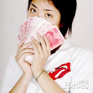 出手阔绰的中国留学生成为奢侈品牌金主