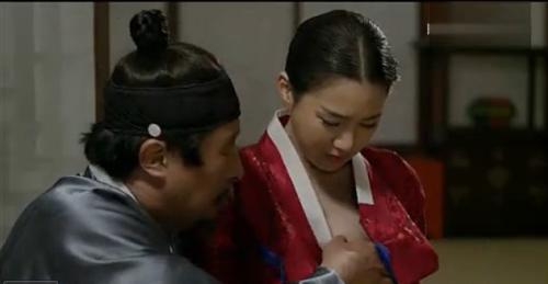 韩国的什么电影(电视)比较好看啊? 带有点爱情篇的那种好看的?$