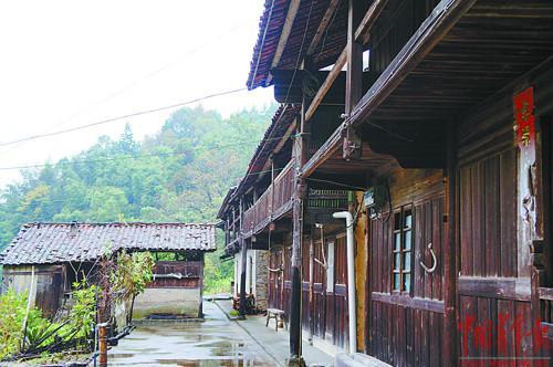 萧索的南坑村