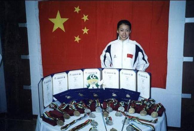 金晶/2008年奥运火炬手 残疾运动员金晶生活照(/8)