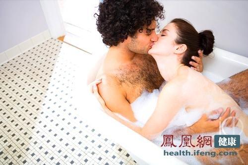 尤其在别人说现在感情的不幸时,他就想把他救…-男人洗澡方式暴图片