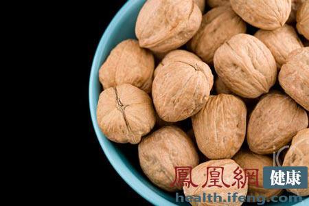 秋冬吃核桃有5大好处 怎么吃最补肾强精? - 和蔼一郎 - 和蔼一郎